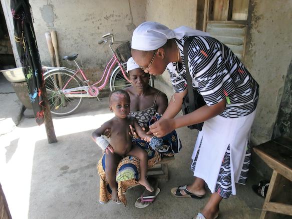 visita-ai-bambini-al-villaggio